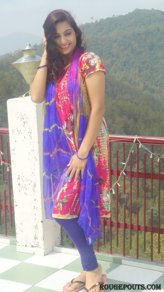 Outfit of the Day! - Colors on Hills!!