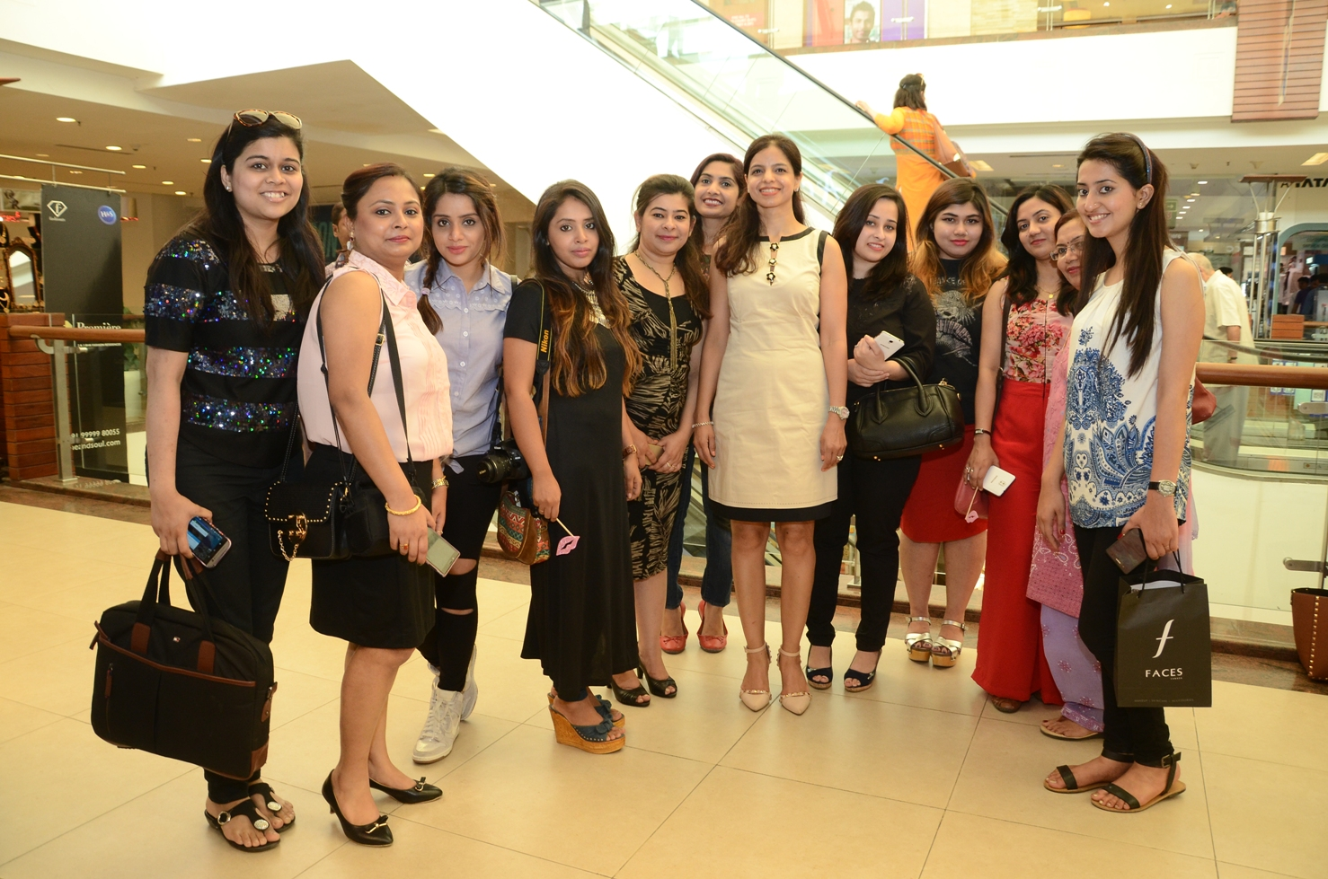 FACES CEO Sharmili Rajput with the bloggers