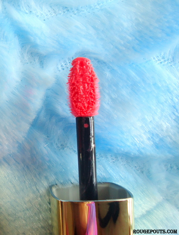 L'Oréal L'Extraordinaire Liquid Lipstick by Color Riche in the shade Coral Encore|Review|Swatches
