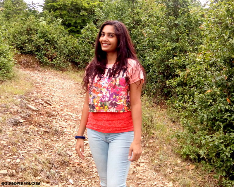 Outfit of the Day|Light Florals|Kanatal Trip Part - 2