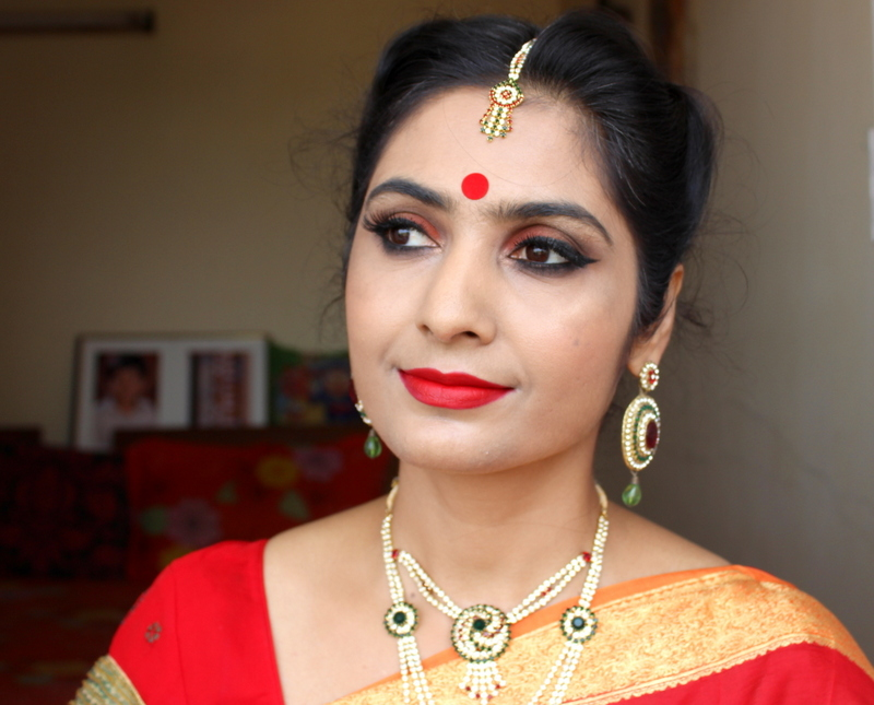 Orange Bronze Smokey Eyes | Durga Pujo Makeup Tutorial!
